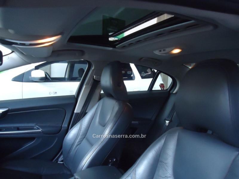 S60 2.0 T5 DYNAMIC GASOLINA 4P AUTOMÁTICO - 2012 - CAXIAS DO SUL