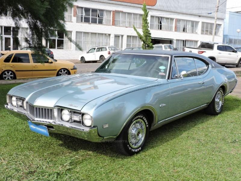 cutlass supreme 5.4 holiday coupe v8 gasolina 2p manual 1968 sao marcos