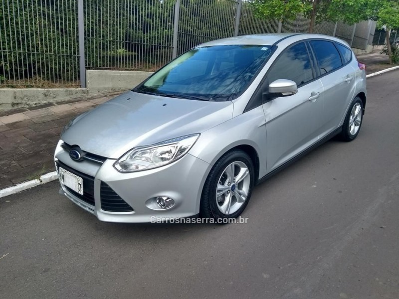 focus 1.6 se hatch 16v flex 4p powershift 2014 farroupilha