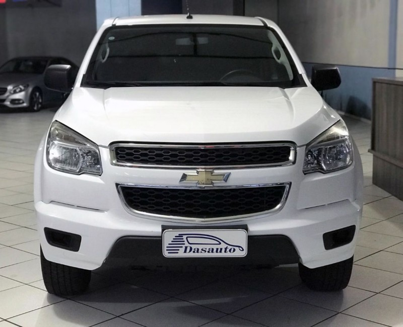 s10 2.4 ls 4x2 cs 8v flex 2p manual 2013 caxias do sul