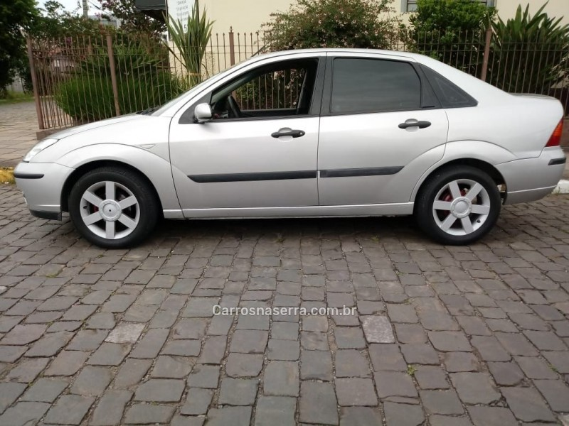 focus 1.6 8v gasolina 4p manual 2008 farroupilha
