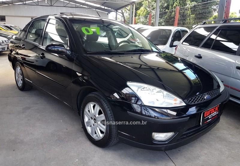 focus 2.0 ghia sedan 16v gasolina 4p automatico 2007 caxias do sul