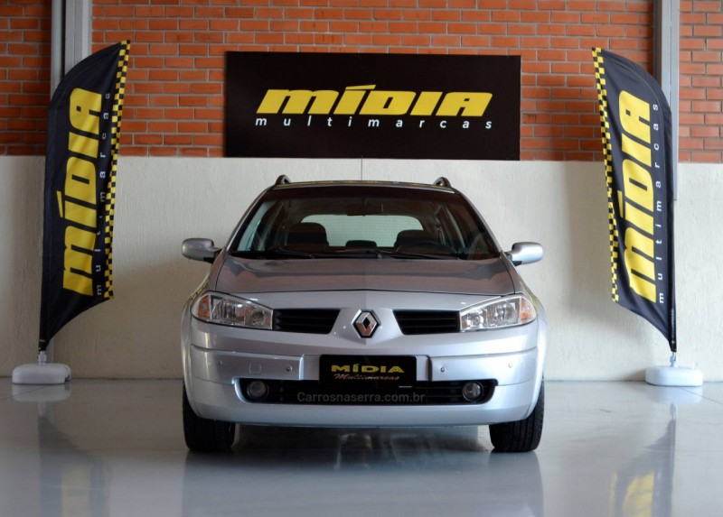 megane 2.0 dynamique grand tour 16v gasolina 4p manual 2008 estancia velha