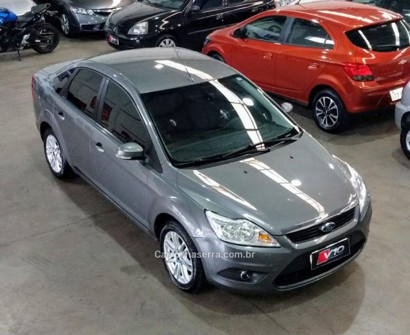 focus 2.0 glx sedan 16v flex 4p manual 2012 caxias do sul