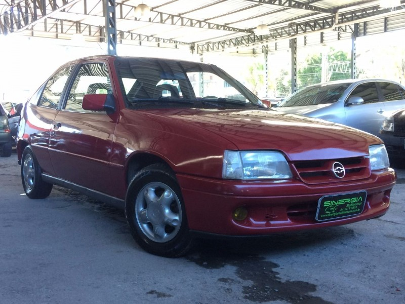 kadett 2.0 mpfi gls 8v gasolina 2p manual 1998 caxias do sul