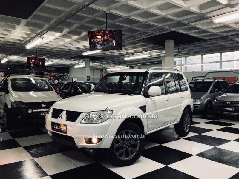 PAJERO TR4 2.0 4X2 16V 140CV FLEX 4P AUTOMÁTICO - 2014 - CAXIAS DO SUL