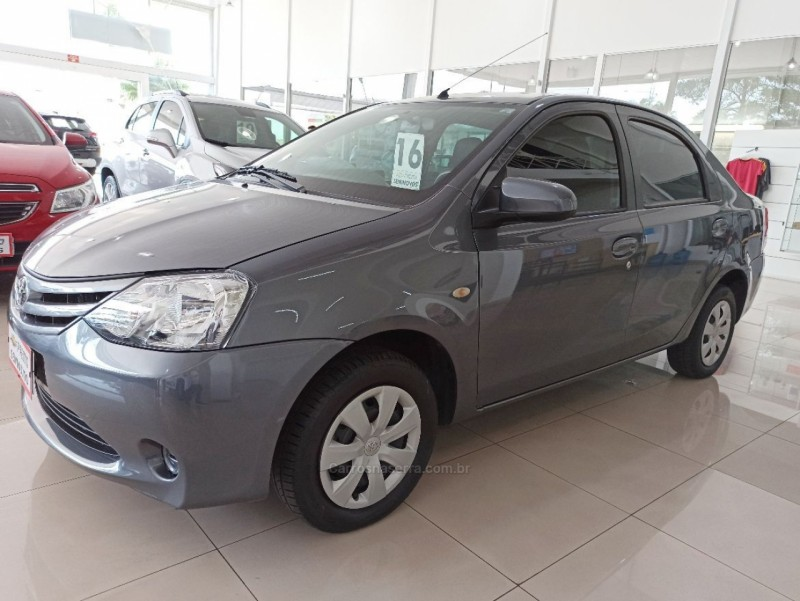 etios 1.3 xs 16v flex 4p manual 2016 nova prata