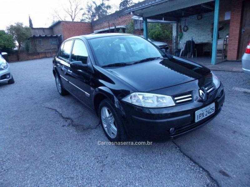megane 2.0 privilege sedan 16v gasolina 4p automatico 2009 caxias do sul