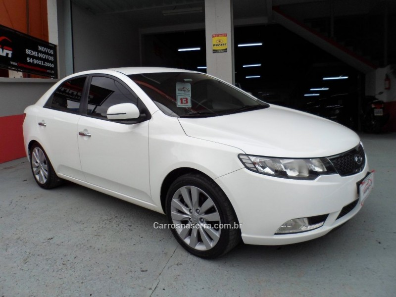 cerato 1.6 sx3 16v gasolina 4p manual 2013 caxias do sul