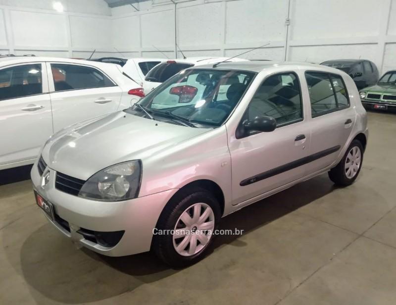 CLIO 1.0 CAMPUS 16V FLEX 4P MANUAL - 2011 - CAXIAS DO SUL