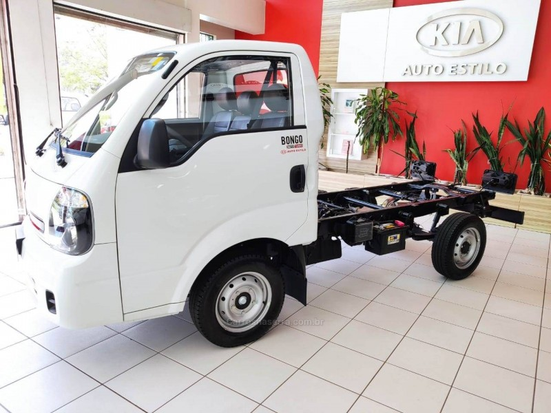 bongo 2.5 k 2500 4x2 cs turbo diesel 2p manual 2020 caxias do sul