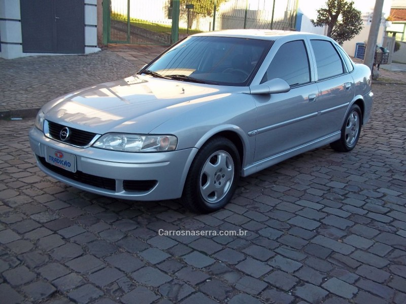 vectra 2.0 mpfi expression 8v gasolina 4p manual 2004 caxias do sul