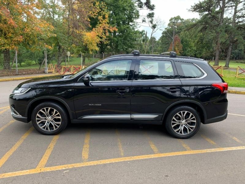 outlander 3.0 gt 4x4 v6 24v gasolina 4p automatico 2016 bento goncalves