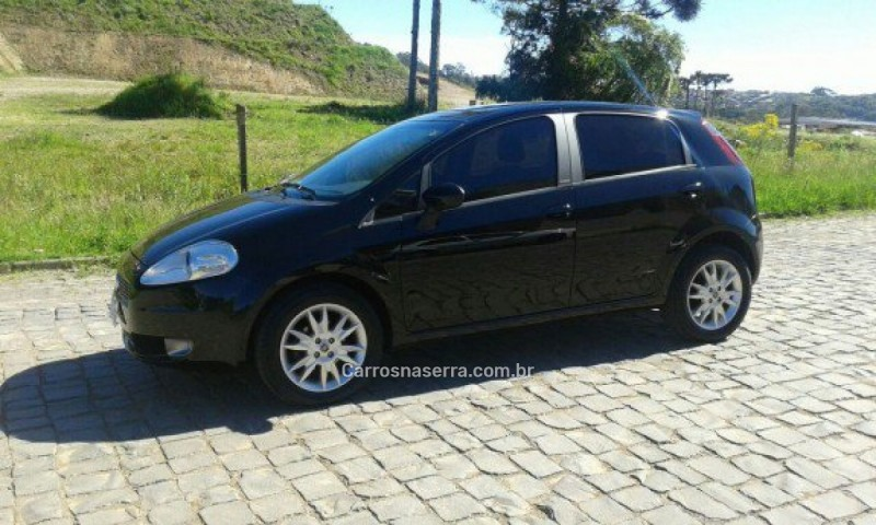 punto 1.6 essence 16v flex 4p manual 2012 caxias do sul