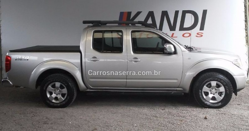 frontier 2.5 le 4x4 cd turbo eletronic diesel 4p manual 2012 caxias do sul