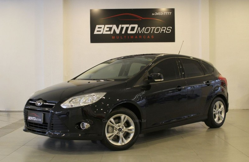 focus 1.6 se hatch 16v flex 4p powershift 2014 bento goncalves