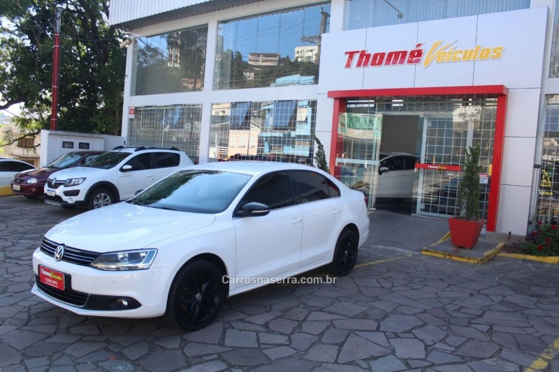 jetta 2.0 tsi highline 200cv gasolina 4p tiptronic 2012 caxias do sul