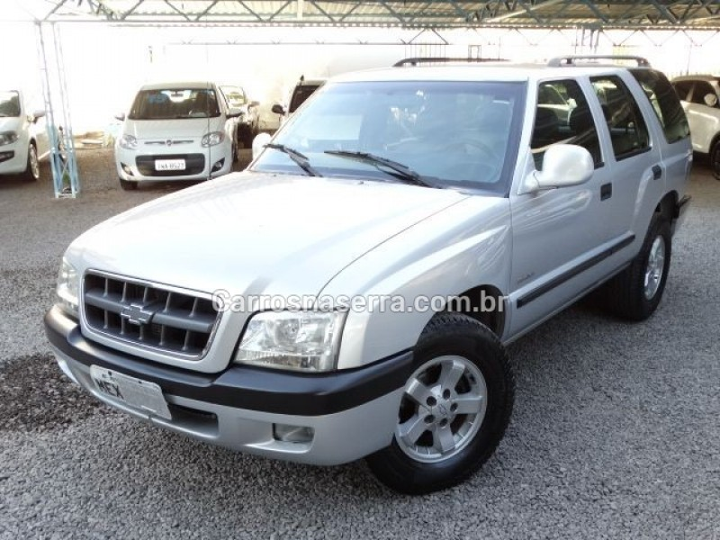 blazer 2.4 mpfi advantage 4x2 8v gasolina 4p manual 2005 nova prata