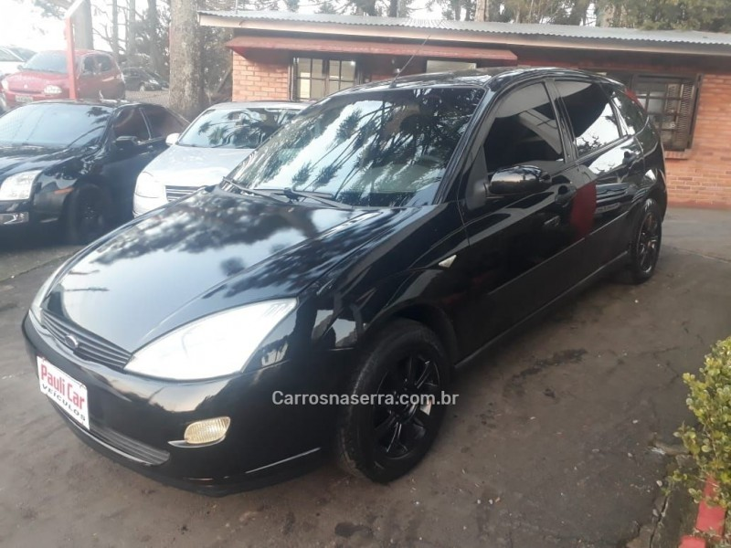 focus 1.8 16v gasolina 4p manual 2002 caxias do sul