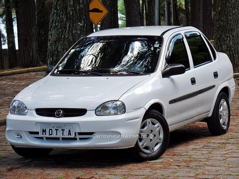 classic 1.0 mpfi life 8v gasolina 4p manual 2005 caxias do sul
