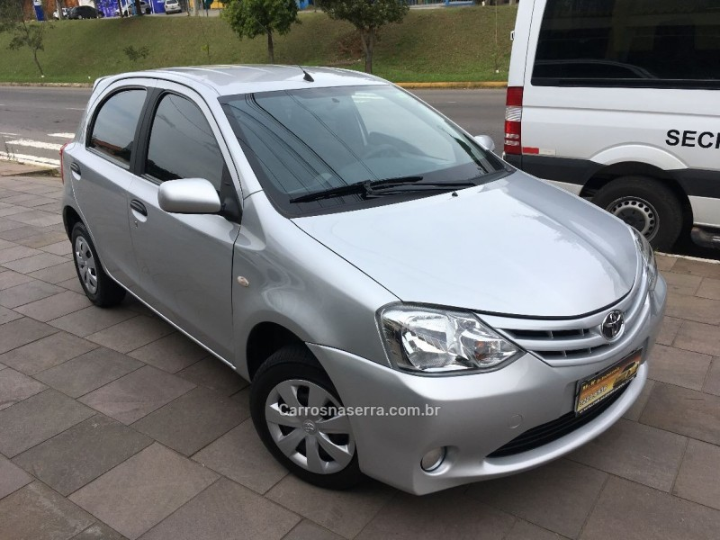 etios 1.3 x 16v flex 4p manual 2013 caxias do sul