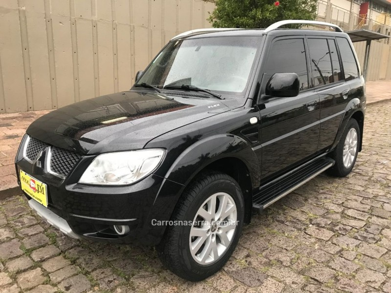 pajero tr4 2.0 4x4 16v 131cv gasolina 4p automatico 2012 caxias do sul