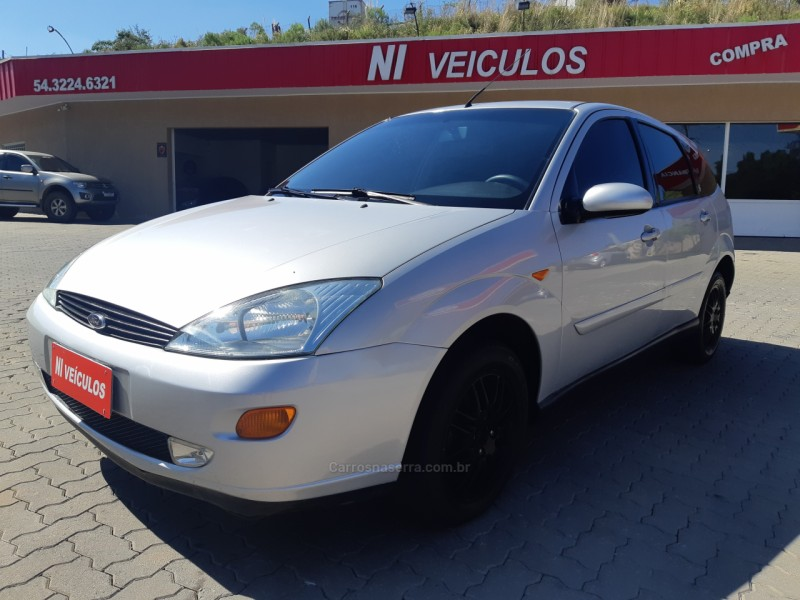 focus 2.0 ghia 16v gasolina 4p manual 2003 caxias do sul