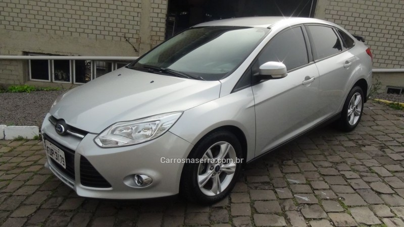 focus 1.6 s sedan 16v flex 4p powershift 2014 farroupilha