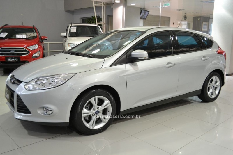 focus 1.6 se 16v flex 4p manual 2015 caxias do sul