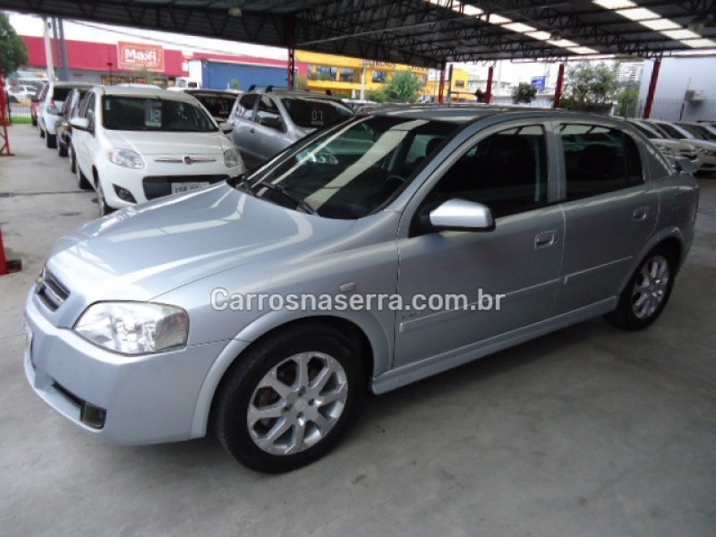 astra 2.0 mpfi elegance 8v flex 4p manual 2008 caxias do sul