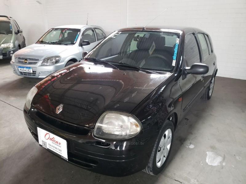 clio 1.0 rn 8v gasolina 4p manual 2002 caxias do sul