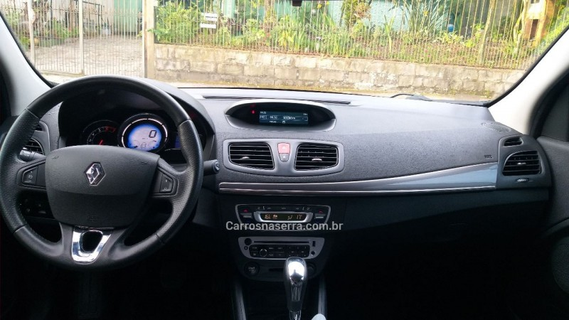 FLUENCE 2.0 DYNAMIQUE PLUS 16V FLEX 4P AUTOMÁTICO - 2016 - CAXIAS DO SUL