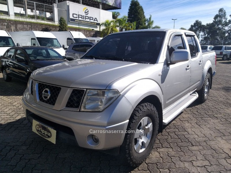frontier 2.8 xe 4x4 cd turbo eletronic diesel 4p manual 2013 farroupilha