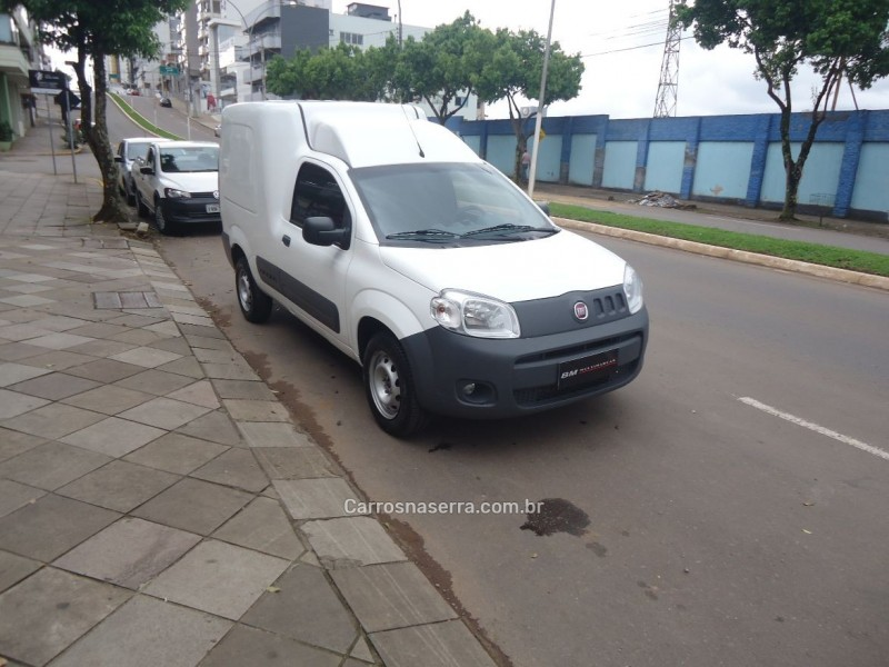 FIORINO 1.4 HARD WORKING FURGÃO EVO 8V FLEX 2P MANUAL - 2017 - GUAPORé