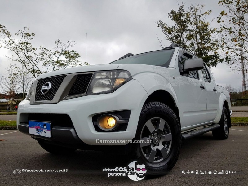 frontier 2.5 sv attack 4x4 cd turbo eletronic diesel 4p automatico 2015 bento goncalves