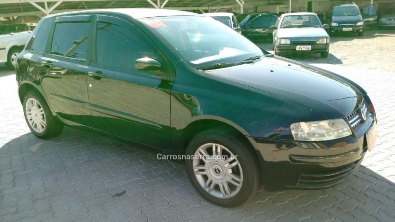 stilo 1.8 mpi 8v gasolina 4p manual 2004 caxias do sul
