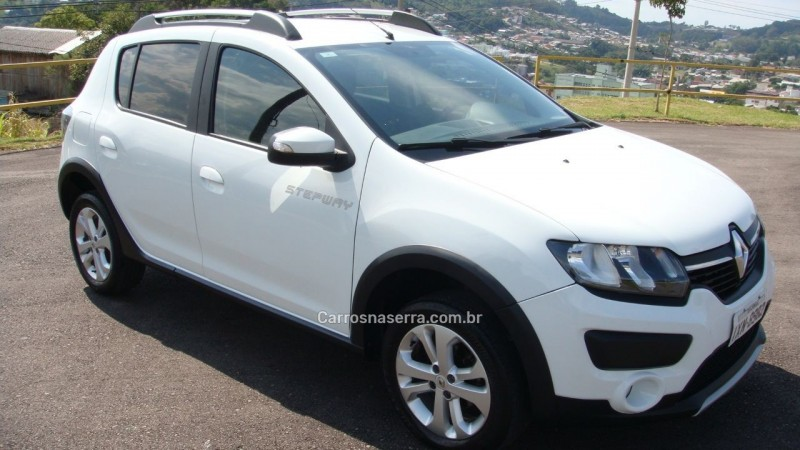 sandero 1.6 stepway 8v flex 4p manual 2017 sao marcos