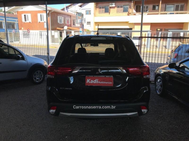 OUTLANDER 2.0 16V GASOLINA 4P AUTOMÁTICO - 2016 - CAXIAS DO SUL