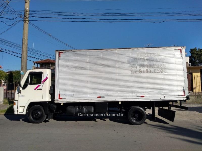 8500  - 2003 - CAXIAS DO SUL