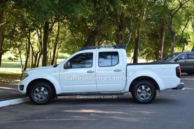 frontier 2.5 sv attack 4x4 cd turbo eletronic diesel 4p automatico 2015 feliz