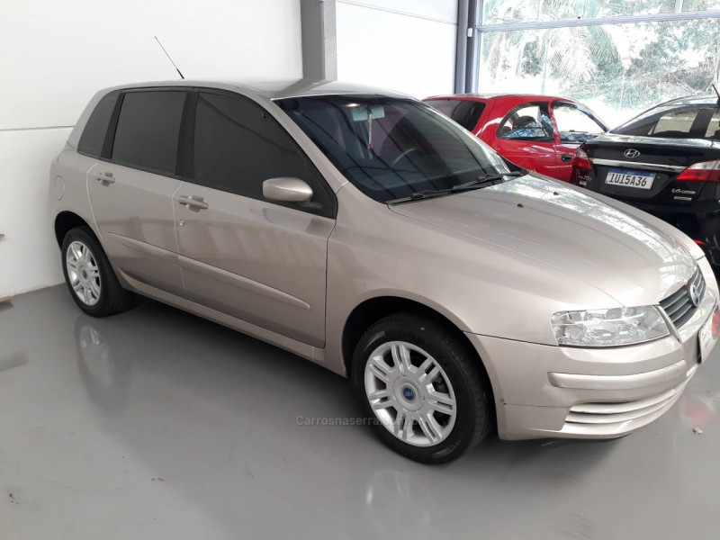 stilo 1.8 mpi connect 8v flex 4p manual 2007 nova prata