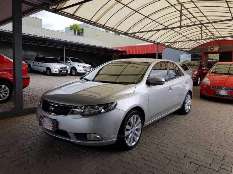 cerato 1.6 sx3 16v gasolina 4p automatico 2012 bom principio