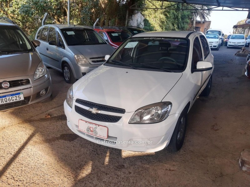 CELTA 1.0 MPFI LT 8V FLEX 4P MANUAL - 2012 - CANELA