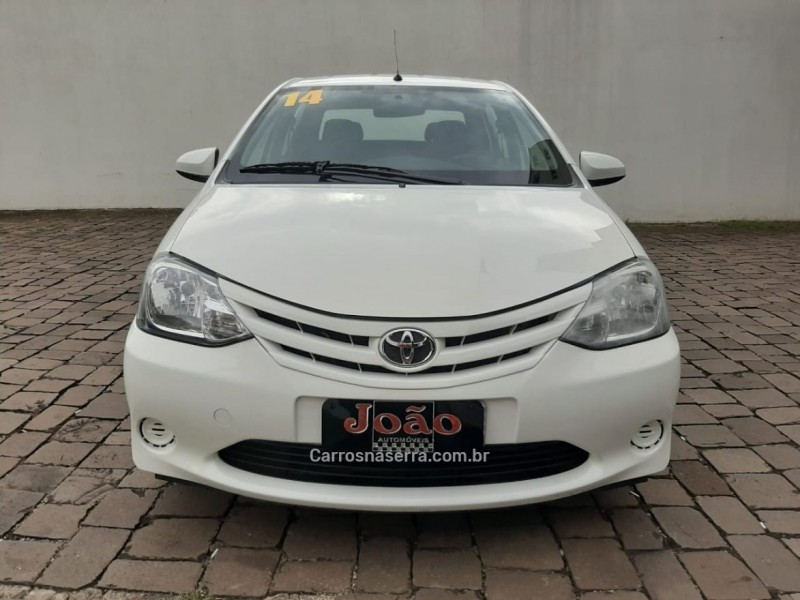 etios 1.5 xs sedan 16v flex 4p manual 2014 casca