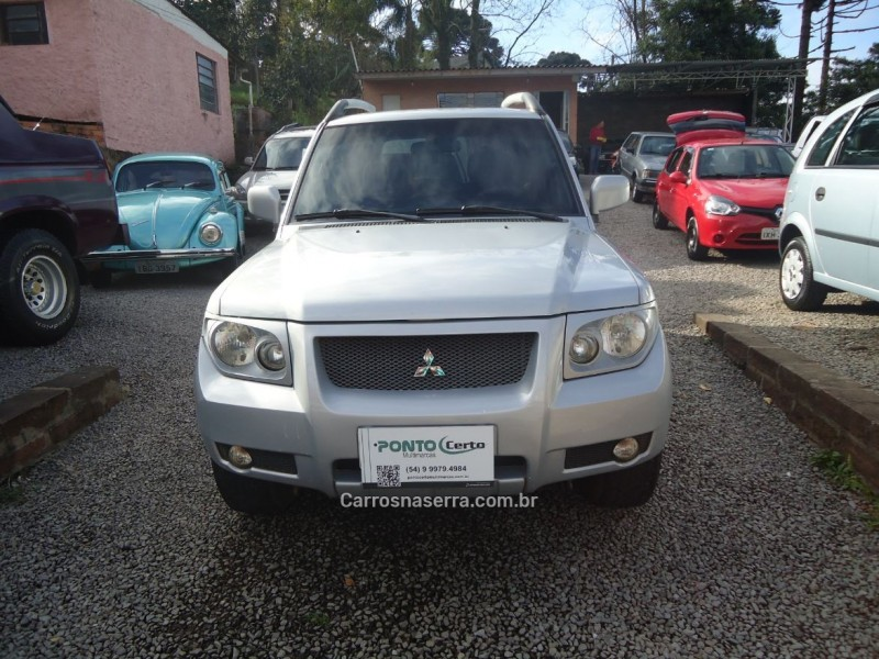 pajero tr4 2.0 4x4 16v 131cv gasolina 4p manual 2009 caxias do sul