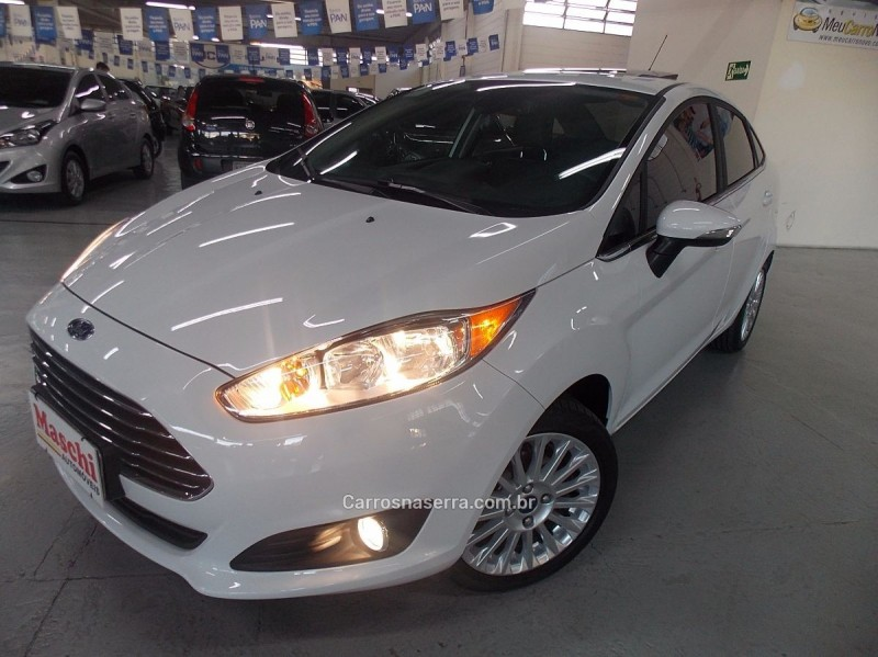 fiesta 1.6 titanium plus sedan 16v flex 4p powershift 2016 caxias do sul
