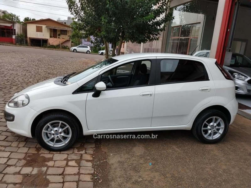 punto 1.6 essence 16v flex 4p manual 2016 guapore