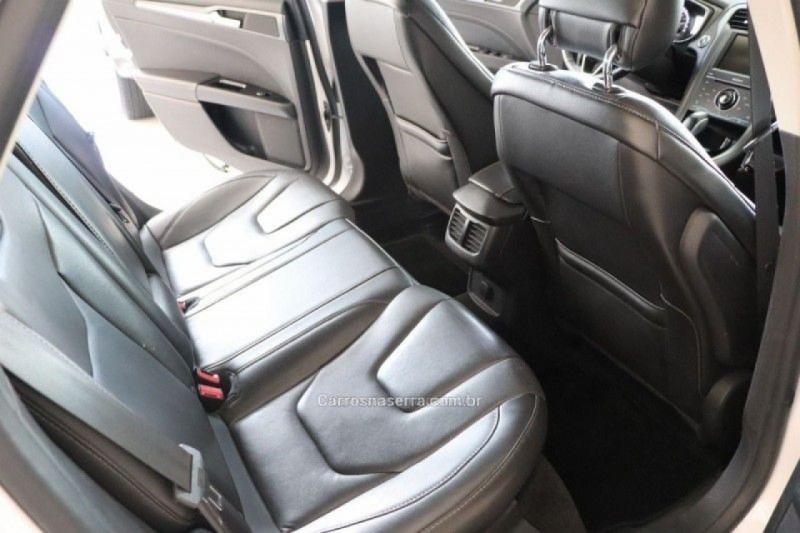 FUSION 2.0 TITANIUM FWD 16V GASOLINA 4P AUTOMÁTICO - 2014 - CAXIAS DO SUL