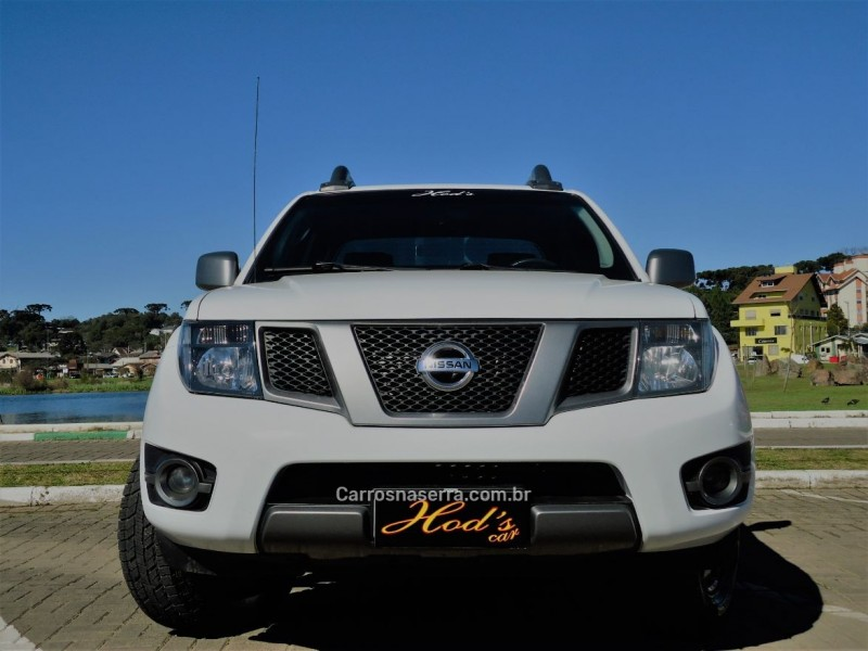 frontier 2.5 sv attack 4x4 cd turbo eletronic diesel 4p manual 2014 canela