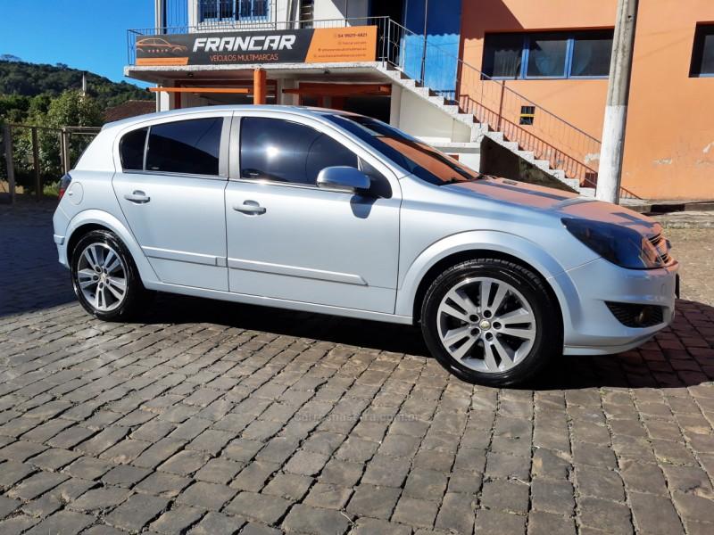 vectra 2.0 mpfi gt x hatch 8v flex 4p manual 2011 antonio prado